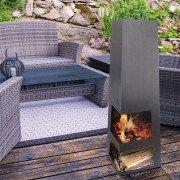 EFP9, un brasero poêle à bois extérieur design avec finition vieillie.