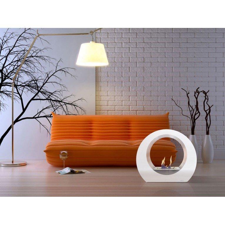 chemin e de sol dione w blanche une chemin e design moderne et puissante. Black Bedroom Furniture Sets. Home Design Ideas
