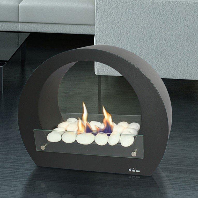 Cheminée de sol saturn, une cheminée design moderne et puissante.