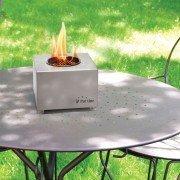Aura de Purline, une cheminée de table en inox dans sa plus simple expression.